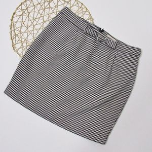 LOFT Houndstooth Skirt